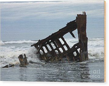 Wood Print featuring the photograph Wreck Of The Peter Iredale by Chalet Roome-Rigdon
