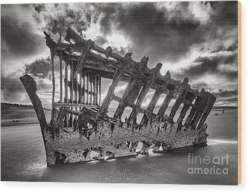 Wreck On The Shore Wood Print