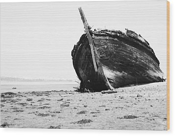 Wreckage On The Bay Wood Print by Marco Oliveira