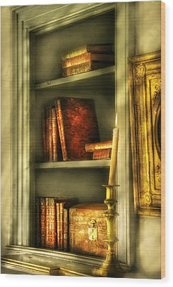 Writer - In The Library  Wood Print by Mike Savad