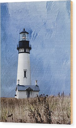 Yaquina Lighthouse Wood Print by Elena Nosyreva