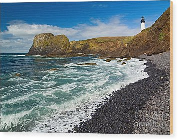 Yaquina Lighthouse On Top Of Rocky Beach Wood Print by Jamie Pham