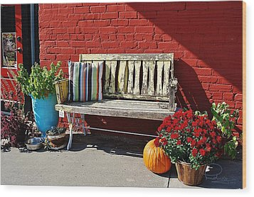 Wood Print featuring the photograph Yellow Bench by Ludwig Keck