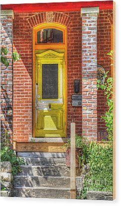 Yellow Door Wood Print by Liane Wright