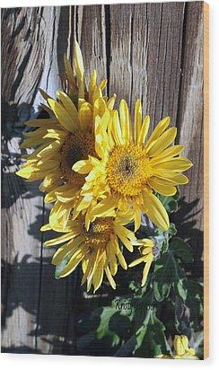 Yellow Mum Wood Print