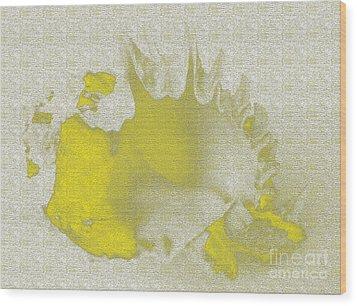 Yellow Shell Wood Print by Carol Lynch