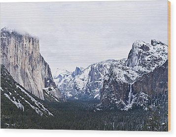Yosemite Tunnel View In Winter Wood Print by Priya Ghose