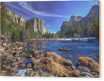 Yosemite's Valley View Wood Print by Mike Lee