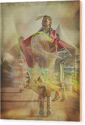 Young Canadian Aboriginal Dancer Wood Print