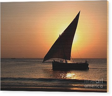 Zanzibar Sunset 22 Wood Print by Giorgio Darrigo