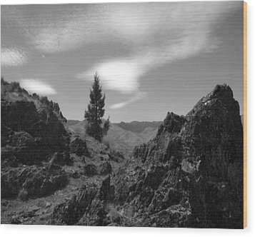 Wood Print featuring the photograph Zig Zag Sky by Tarey Potter