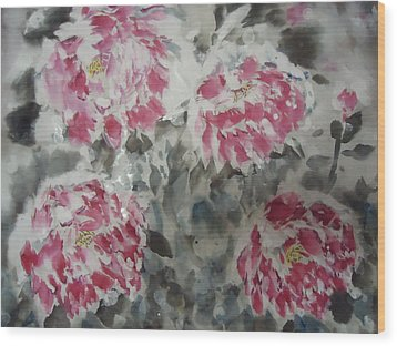 Snow Flower 01 Wood Print by Dongling Sun