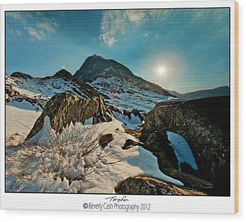 Spring Snows At Tryfan Wood Print by Beverly Cash