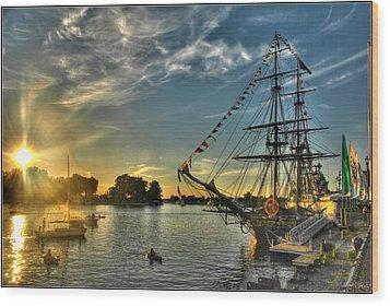 010 Uss Niagara 1813 Series Wood Print by Michael Frank Jr
