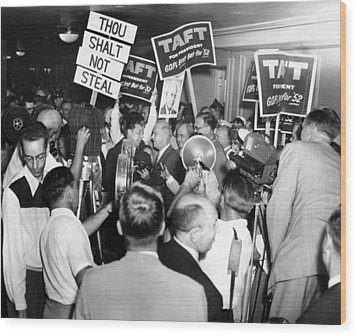 1952 Republican National Convention Wood Print by Everett