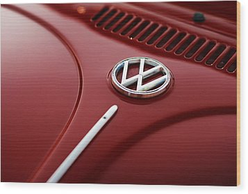 Wood Print featuring the photograph 1973 Volkswagen Beetle by Gordon Dean II