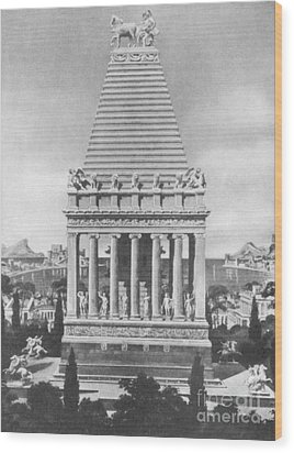 7 Wonders Of The World, Mausoleum Wood Print by Photo Researchers