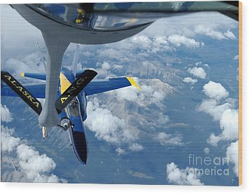 A Kc-135 Stratotanker Refuels An Fa-18 Wood Print by Stocktrek Images