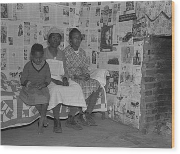 African American Mother With Her Two Wood Print by Everett