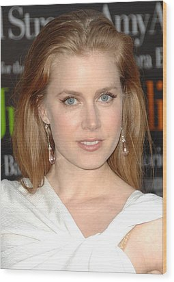 Amy Adams At Arrivals For Julie & Julia Wood Print by Everett