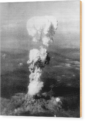 Atomic Bomb. A Mushroom Cloud Rises Wood Print by Everett