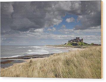 Bamburgh Castle Northumberland, England Wood Print by John Short