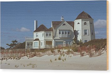 Beach House Wood Print by Mark Greenberg