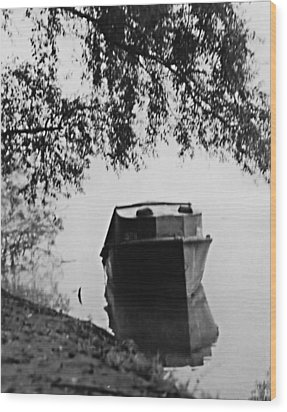 Boat On Foggy Rhine Wood Print by Bob Wall