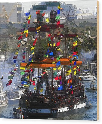 Colors Of Gasparilla Wood Print by David Lee Thompson