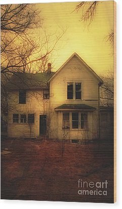Creepy Abandoned House Wood Print by Jill Battaglia