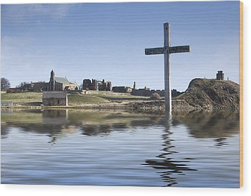 Cross In Water, Bewick, England Wood Print by John Short