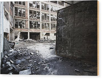 Detroit Abandoned Buildings Wood Print by Joe Gee