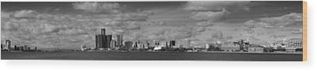 Detroit Skyline In Black And White Wood Print by Twenty Two North Photography