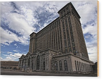 Detroit's Abandoned Michigan Central Station Wood Print by Gordon Dean II