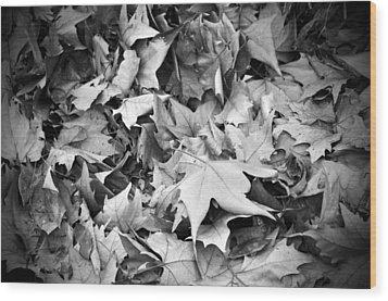 Fallen Leaves Wood Print by Fabrizio Troiani