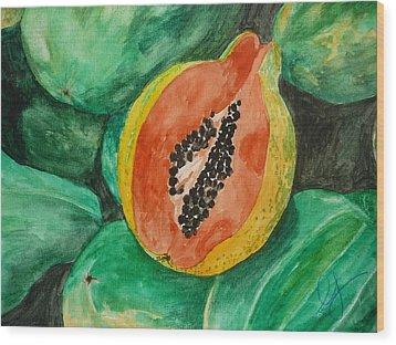 Fresh Papaya For Sale Wood Print by Estephy Sabin Figueroa
