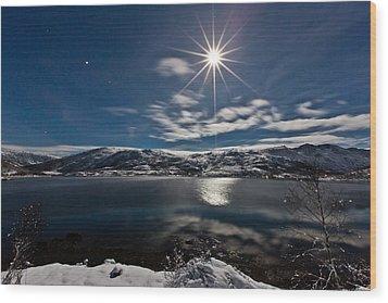 Full Moon Wood Print by Frank Olsen