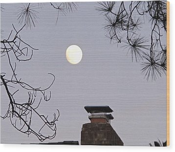 Full Moon Wood Print by Valia Bradshaw