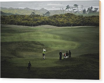Golf At The Dunes Wood Print by Dale Stillman