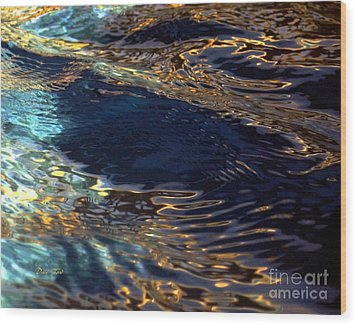 Light On Water Wood Print by Dale   Ford