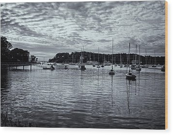 Wood Print featuring the photograph Manchester Cove by Tom Singleton