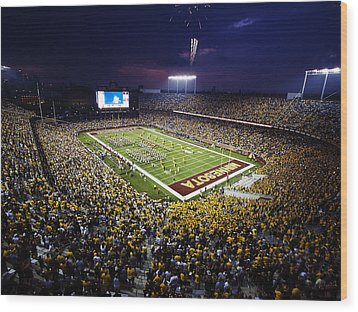 Minnesota Tcf Bank Stadium Wood Print by University of Minnesota