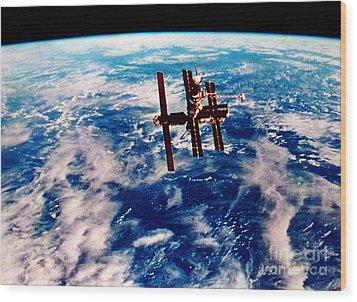 Mir Space Station Wood Print by Nasa