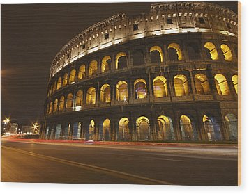 Night Lights Of The Colosseum Rome Wood Print by Trish Punch