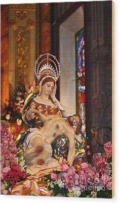 Nossa Senhora Da Piedade Wood Print by Gaspar Avila
