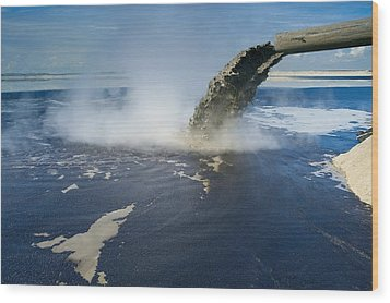 Oil Industry Pollution Wood Print by David Nunuk