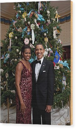 President And Michelle Obama Pose Wood Print by Everett