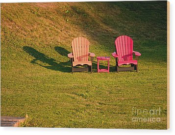 Wood Print featuring the photograph Red And Orange Chairs by Les Palenik