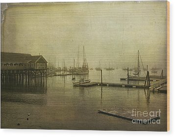 Rockland Harbor Wood Print