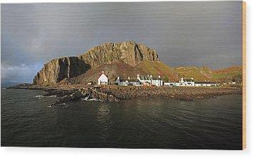 Seil Island Wood Print by Grant Glendinning